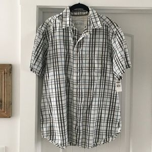 Old Navy Short Sleeve Plaid Button Down NEW
